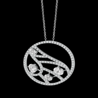 White gold and diamonds necklace