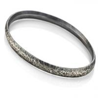 Hammered sterling silver bracelet w/0.14 ct diamonds