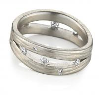 Double wave band in white gold with diamonds