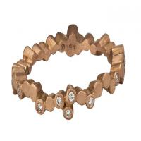 Cascading stones ring in rose gold with alternating diamonds