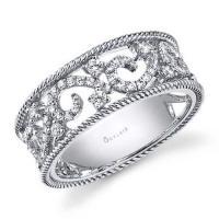 vintage inspired diamond fashion ring