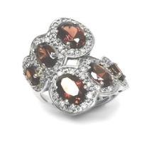 WHITE GOLD VINTAGE GARNET DIAMOND RING