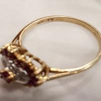 10 kt gold ruby and diamond heart ring