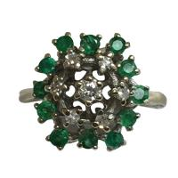 14 k white gold emerald and diamond ring