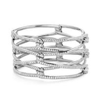 Continuance bracelet with diamonds in 18k white gold, 33mm