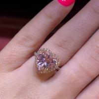 14kt Rose Gold 2.98ct Heart-Shape Morganite With Diamond Halo