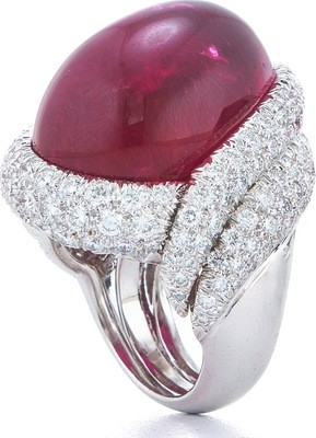 Couture - White Cap Ring
