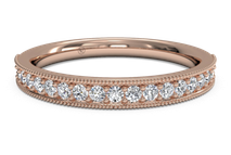 Women's diamond milgrain wedding ring