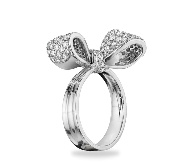 Bow Diamond Ring (Small)