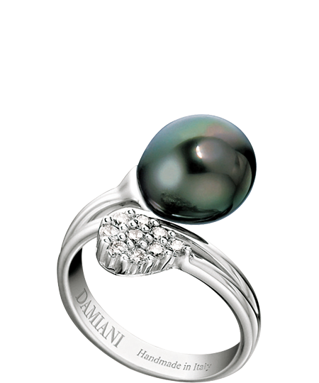 white gold, diamond and pearl ring