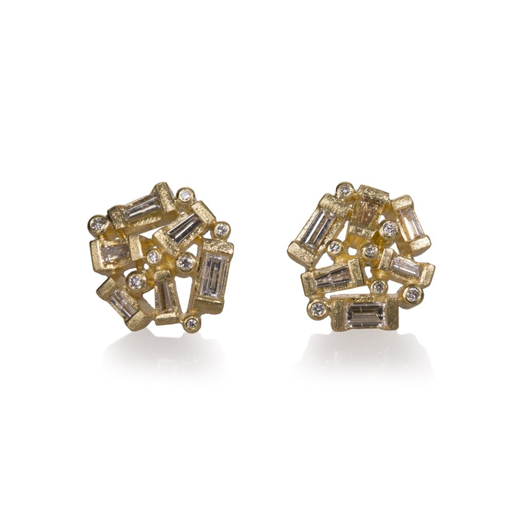 Stud earrings with baguette diamonds 085ctw an