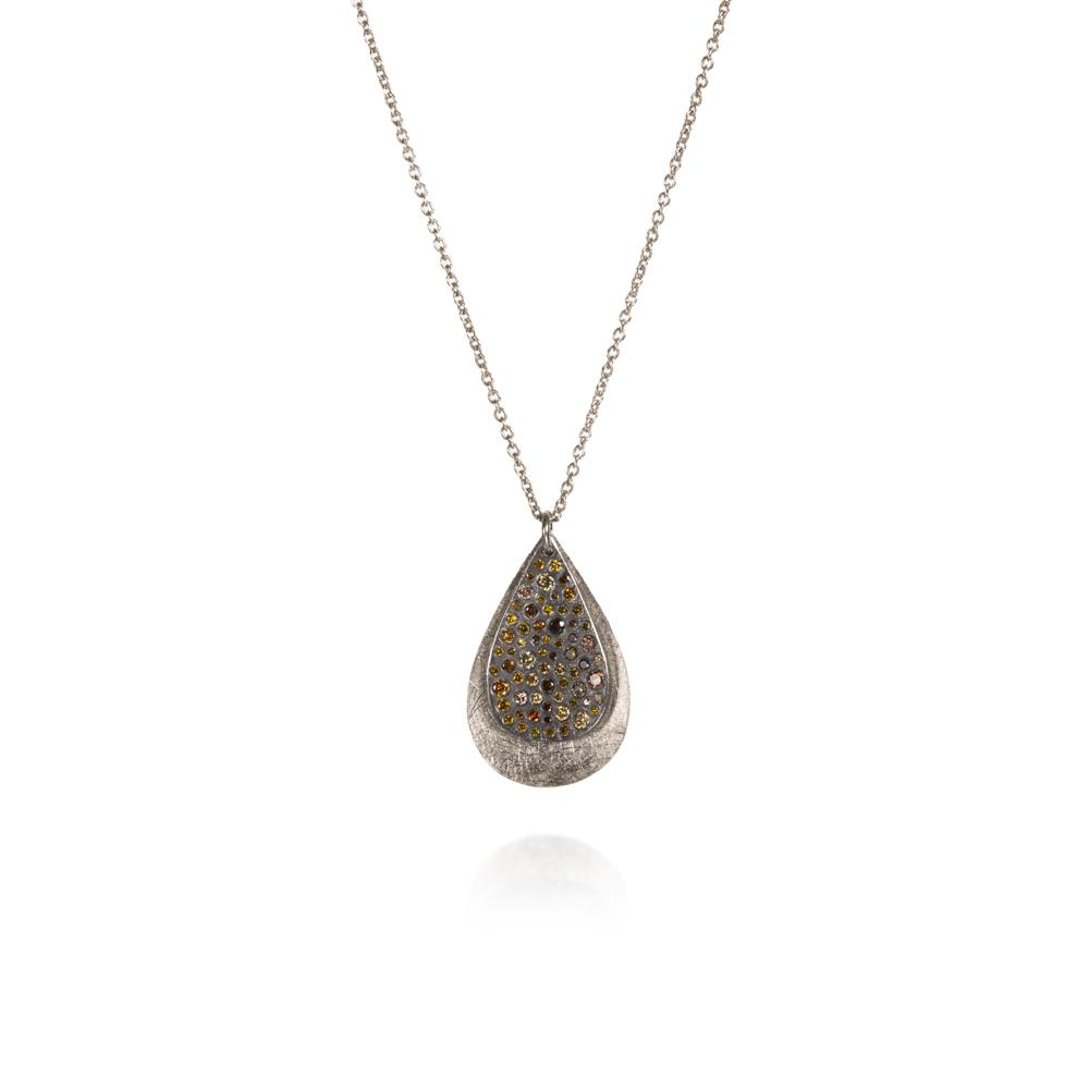 Pendant necklace with autumn diamonds 064c