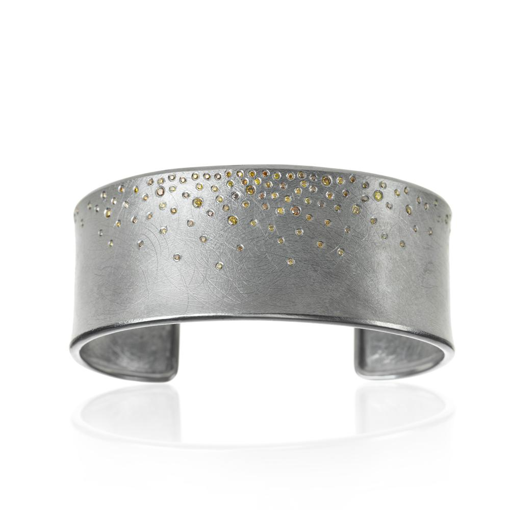 Cuff bracelet with autumn diamonds 07158ct