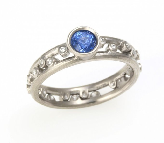 Starlight Ring in White Gold with Sapphires