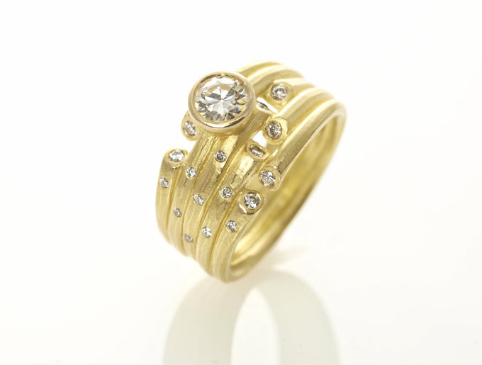 Whisper Ring in Gold with Diamonds