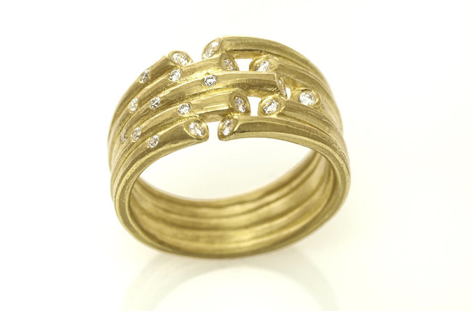 Whisper Ring in Yellow Gold with Diamond Sprinkle