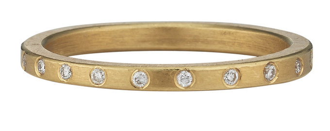 twinkle band in gold with diamonds