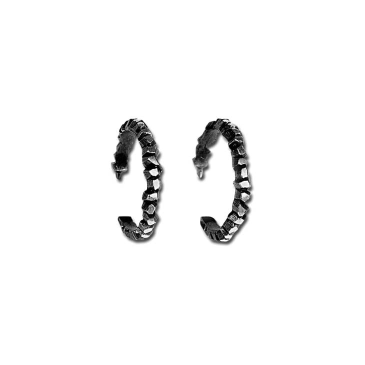 Victoria Wave Small Single Hoop Earrings (Patina)