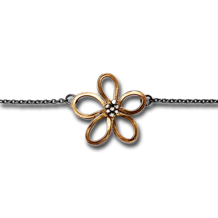 Limned small gold flower chain