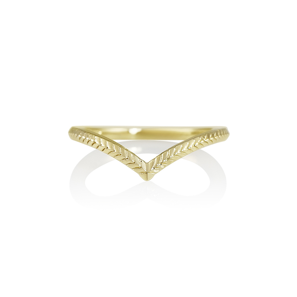 Textured Yellow Gold V-Ring