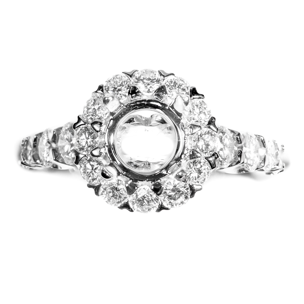 18k white gold shared prong  diamond round shape halo engagement mounting