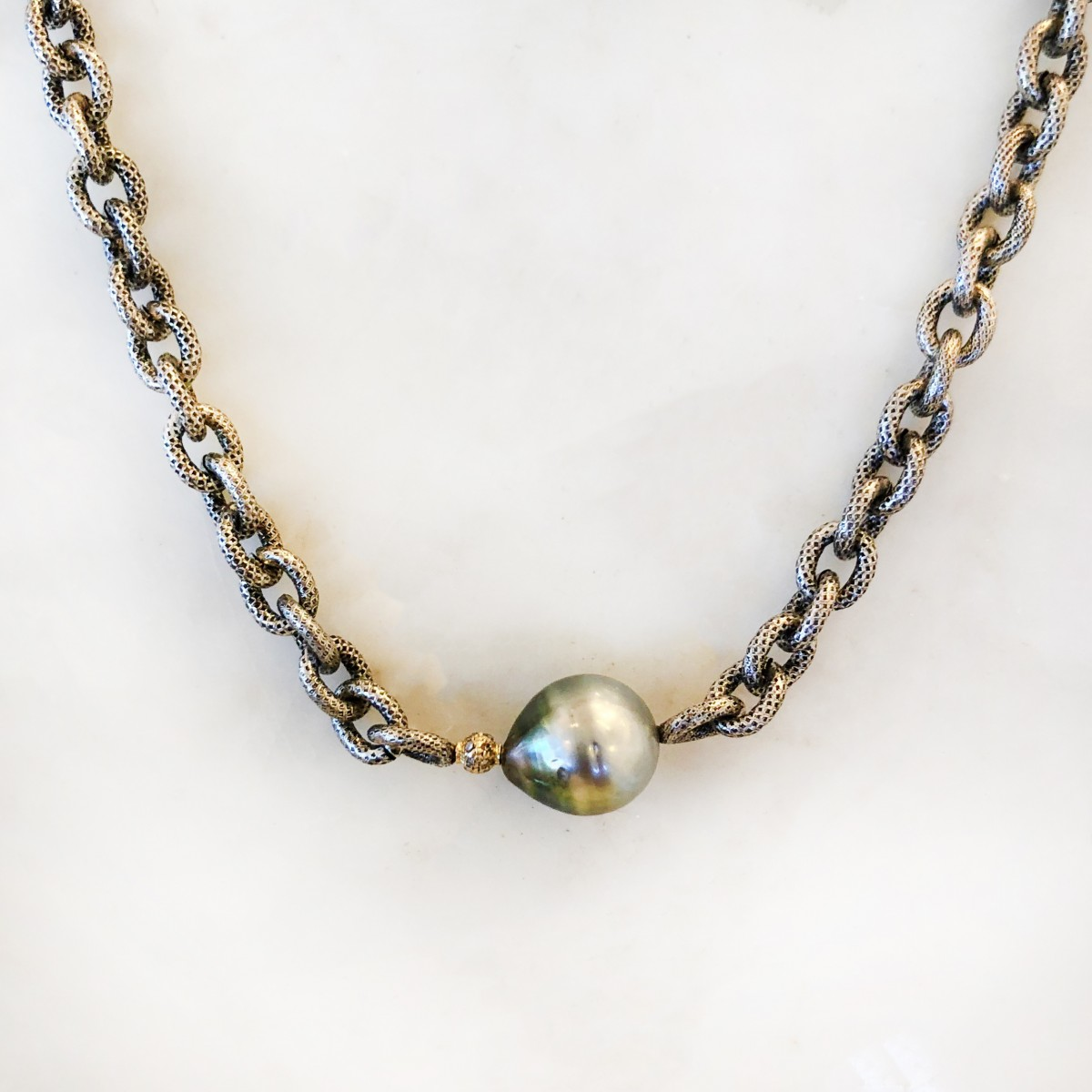 tahitian pearl necklace with single gold diamond bead