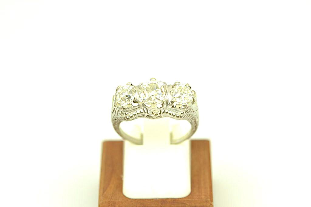 3 stone diamond antique ring