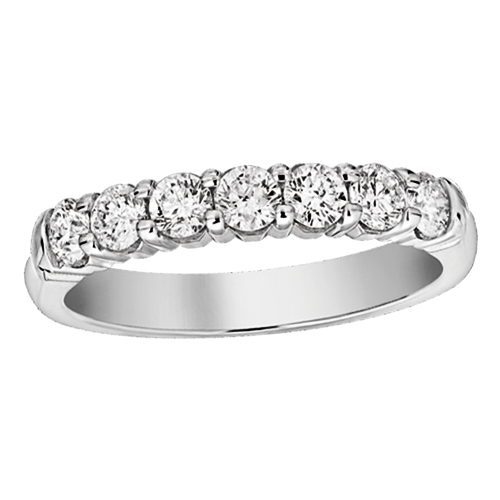 Seven round diamond u shape shared prong band
